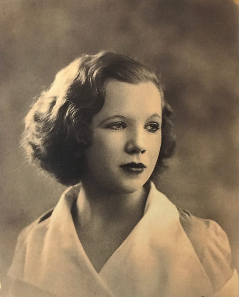 Mrs Wally Winter 1936. To my Darling who I shall always love xxxxx Hurry back