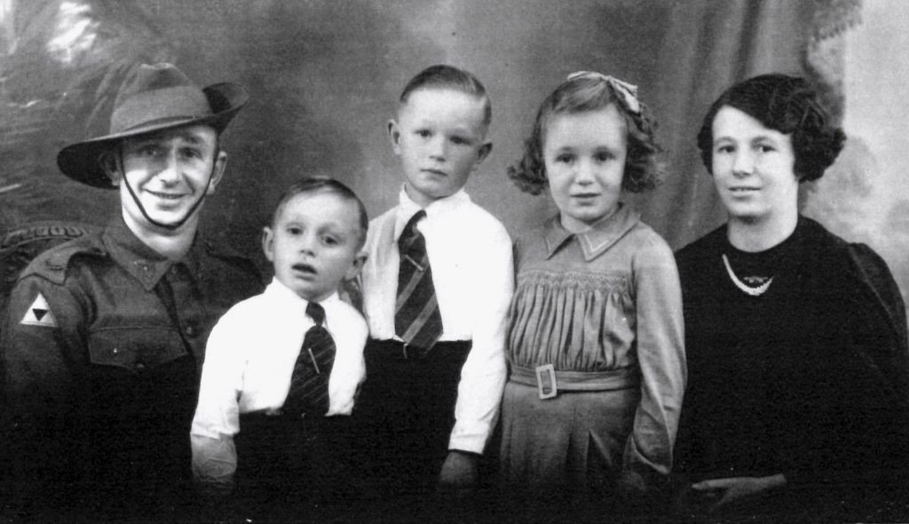 Kuhl, Fred & family July 1941